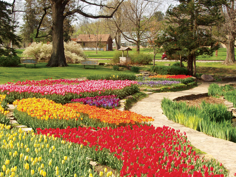 Tiptoeing Through Tulips After Madisons >> Tiptoe Through The Tulips Itineraries Midwest